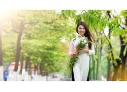 户外的女亚洲,植物,树叶,阳光,黑发,女性,女人,美女,树木,城市的,