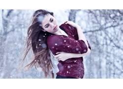 冬天美女写真图片