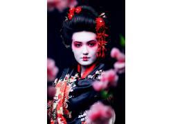 日本盘发美丽艺伎摄影图片