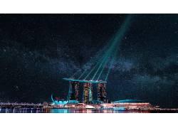 城市建筑彩色灯光图片