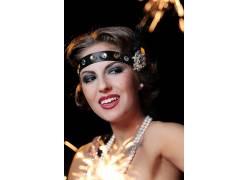 封面商务人士整形成功戴珠宝首饰美女