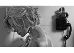 Amber Heard,单色,金发,裸露的肩膀,面对,侧面图,模糊,电话,演员,