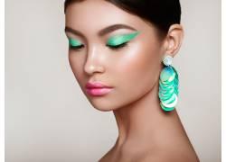 时尚彩妆女士