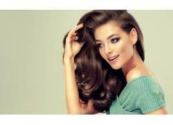 外国卷发女人