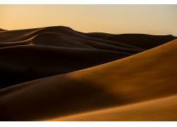 连绵的沙漠