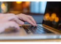 商务学习办公笔记本电脑