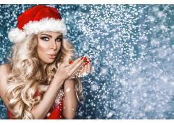 玩雪花美女圣诞