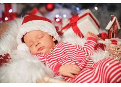 儿童礼物红色彩球圣诞节